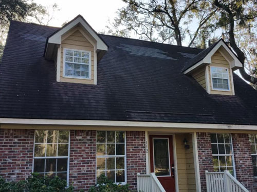 Roof-Cleaning-before